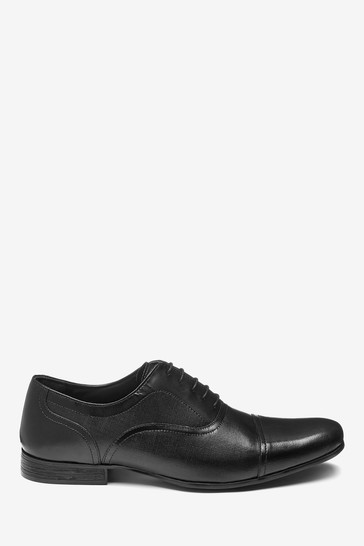 Black Textured Leather Toe Cap Shoes