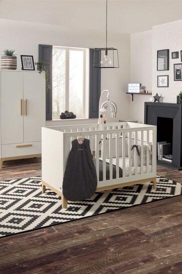 Mamas & Papas Caprio Cot Bed White / Natural