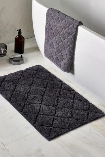 Hamilton Luxury Quilted Bath Mat