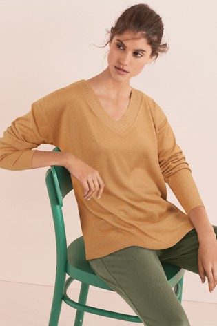 Camel Cosy V-Neck Top