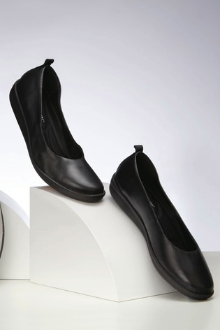 Black Leather Forever Comfort® With Motion Flex EVA Ballerina Shoes