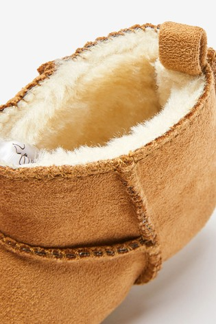 Tan Pram Booties (0-24mths)