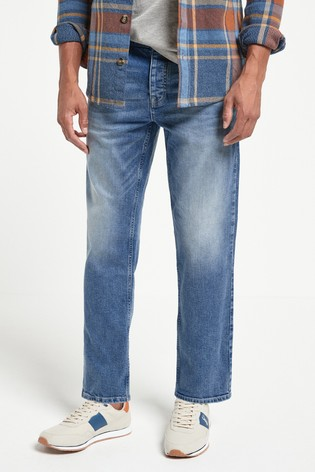 Light Blue Wash Straight Fit Jeans With Stretch