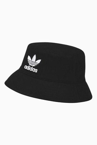 Encantada de conocerte Empleado consumidor  Buy adidas Originals Black Bucket Hat from Next Israel