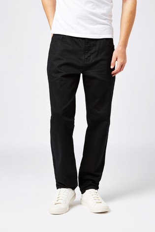 Solid Black Tapered Slim Fit Jeans With Stretch