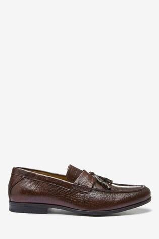 Burgundy Textured Tassel Loafers