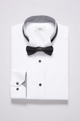 White Slim Fit Single Cuff Wing Collar Shirt And Black Bow Tie Set