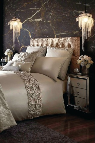 Kylie Estelle Velvet Panel Duvet Cover
