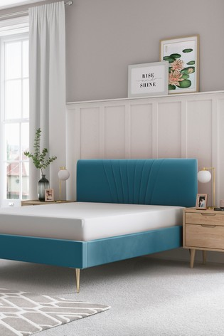 Emily Bed