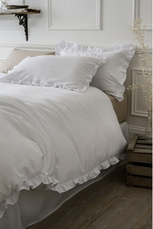 Ruffle Edge Duvet Cover And Pillowcase Set