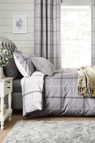 2 Pack Reversible Versatile Check Duvet Cover and Pillowcase Set