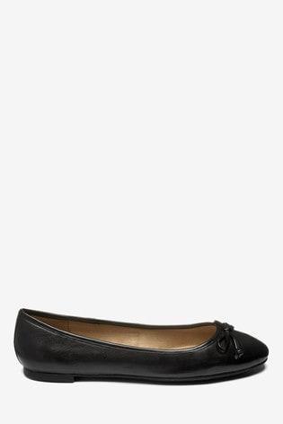 Black Round Toe Leather Ballerinas