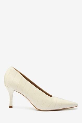 Cream Signature Leather Chisel Toe Court Shoes