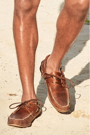 Brown Formal Textured Leather Boat Shoes