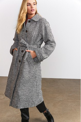 Monochrome Dogtooth Button Up Coat