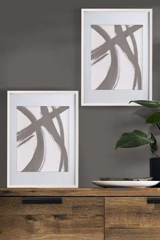 White Gallery Poster Frame