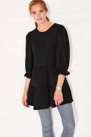 Black Textured Short Sleeve Tiered Tunic