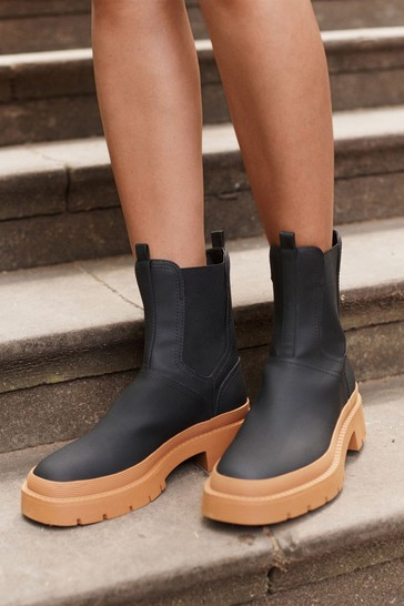 Black With Tan Sole Rubberised Chunky Chelsea Boots