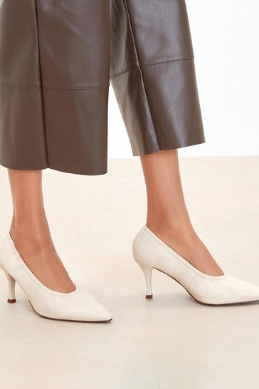 Bone Signature Leather Ruched Courts