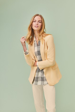 Lemon Relaxed Soft Crepe Blazer