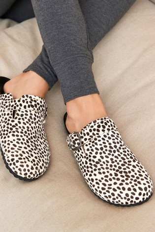 Dalmation Print Forever Comfort® Closed Toe Footbed Mules