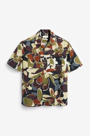Black/Ecru Regular Fit Floral Print Short Sleeve Shirt