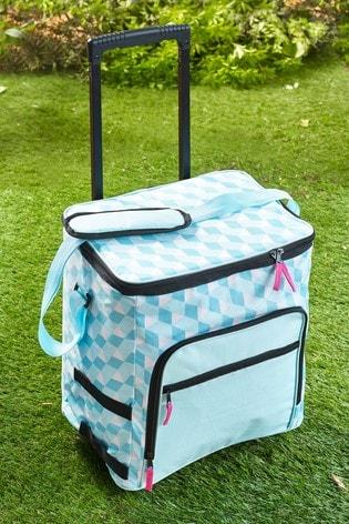 Picnic Cool Bag On Wheels