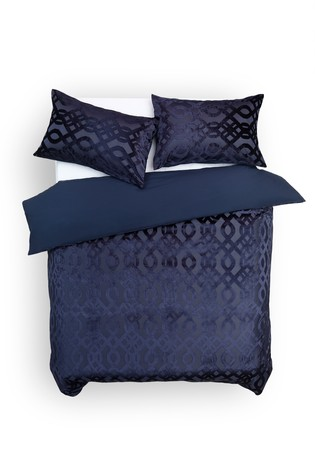 Velvet Jacquard Damask Duvet Cover And Pillowcase Set