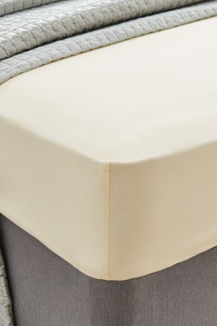 Laura Ashley Cream 400 Thread Count Cotton Fitted Sheet