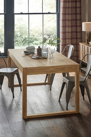 Ohara 8-10 Extending Dining Table