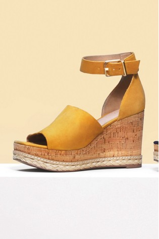 leather open toe wedges