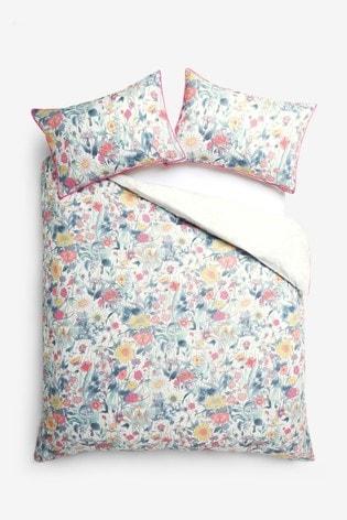 Reversible Bright Vintage Floral Duvet Cover And Pillowcase Set