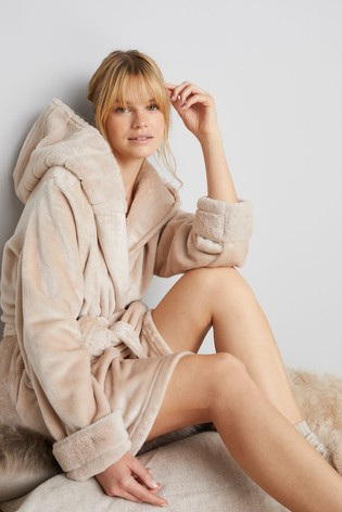 Champagne Faux Fur Trim Robe