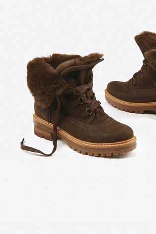 Chocolate Faux Fur Lined Forever Comfort® Collar Boots