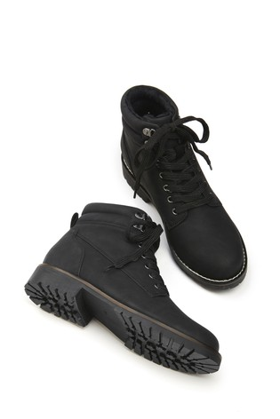 Black Forever Comfort® Casual Lace-Up Boots