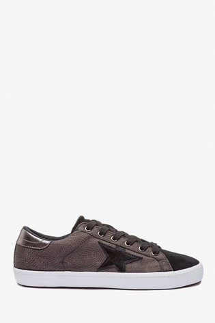 Black Star Lace-Up Trainers