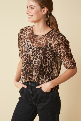 Leopard Print Ruched Short Sleeve Top