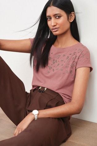Blush Beaded Animal Curved Hem T-Shirt