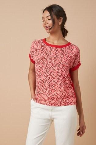 Red Print Pocket T-Shirt