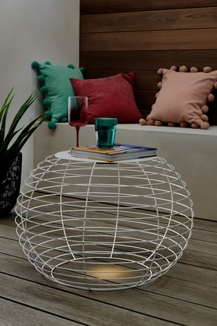 Solar Wire Lit Table