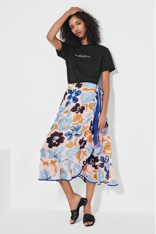 Mix/Brogger Floral Wrap Skirt