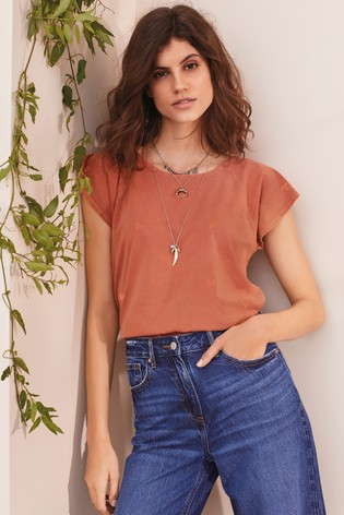 Rust Washed Flower Embroidered T-Shirt