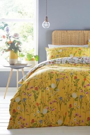 Riva Home Yellow Fleura Duvet Cover and Pillowcase Set