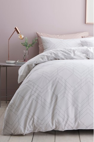 2 Pack Reversible Geo Lines Duvet Cover and Pillowcase Set