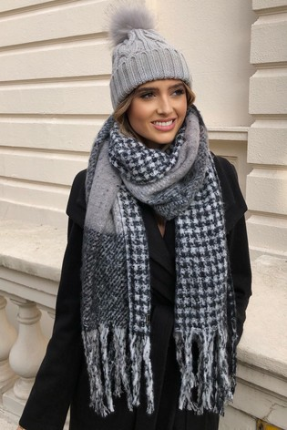 Lipsy Grey Cable Knit Pom Hat