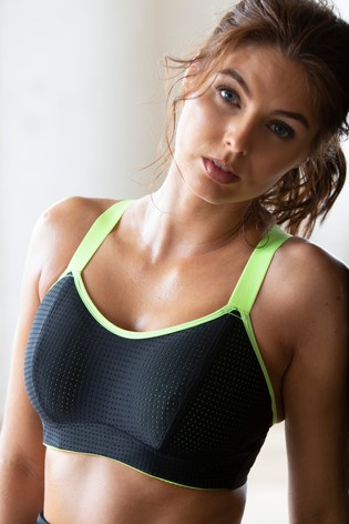 Pour Moi Black Energy Underwired Lightly Padded Convertible Sports Bra