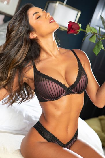 Pour Moi Black Luxe Linear Contour Lightly Padded Bra