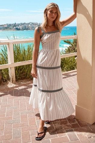 Lipsy Monochrome Tie Strap Tiered Maxi Dress