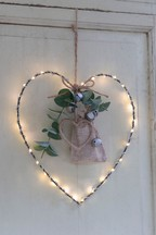 Lit Hanging Foliage Heart