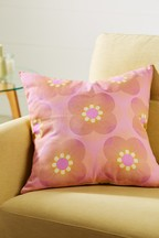 Retro Daisy Cushion